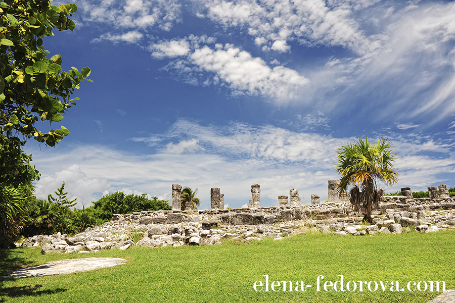el rey ruins cancun photo
