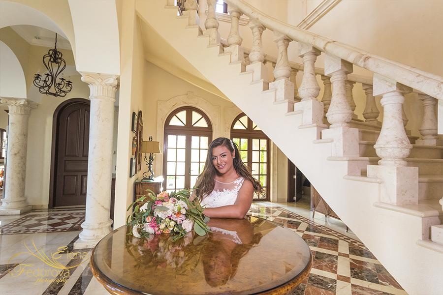bride portrait villa la joya