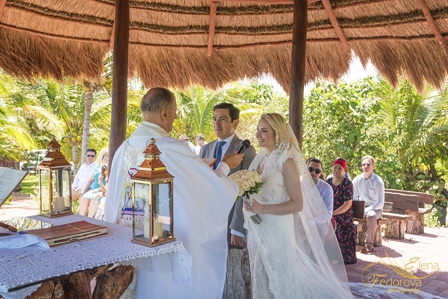 how is wedding in cancun