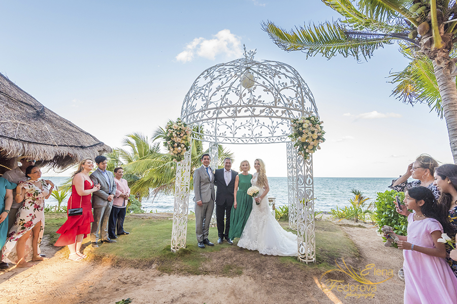 ocean wedding cancun pictures