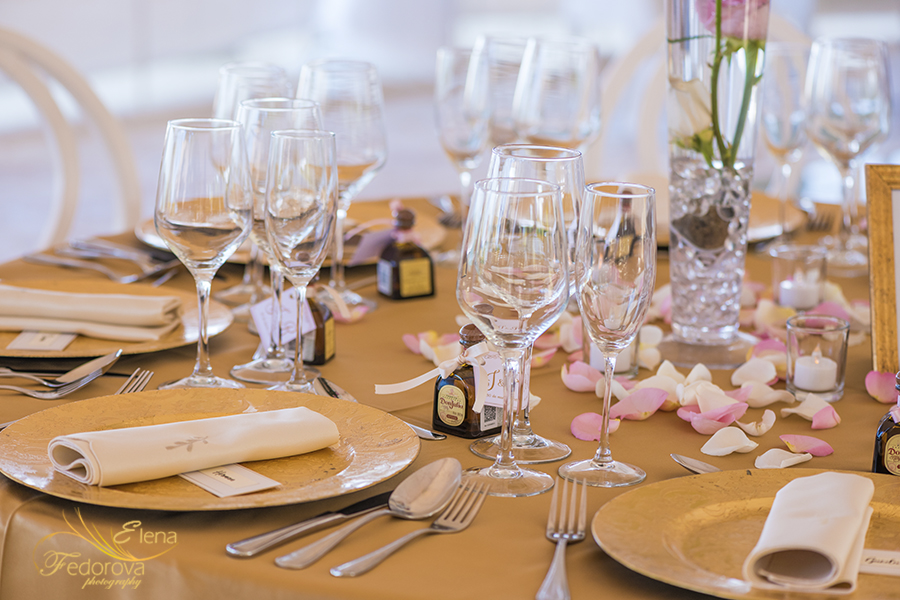 table decor ocean weddings