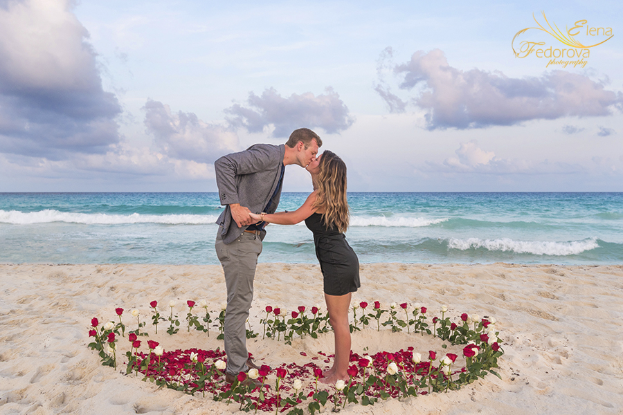 heart rose flowers beach surprise proposal