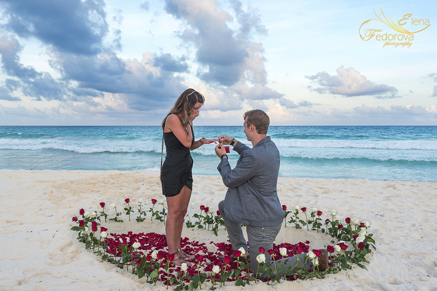 propose to your girlfriend in cancun