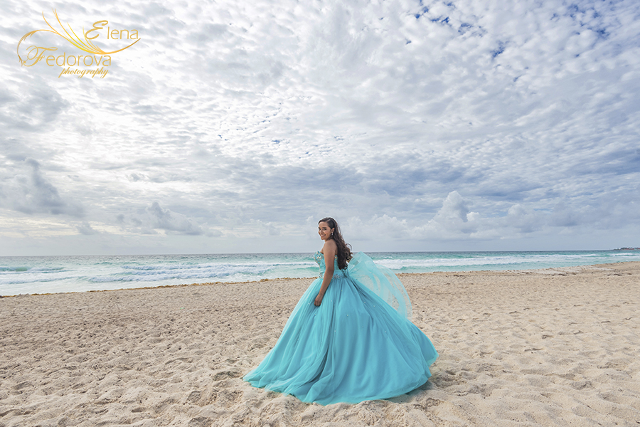 quinceañera photoshoot cancun