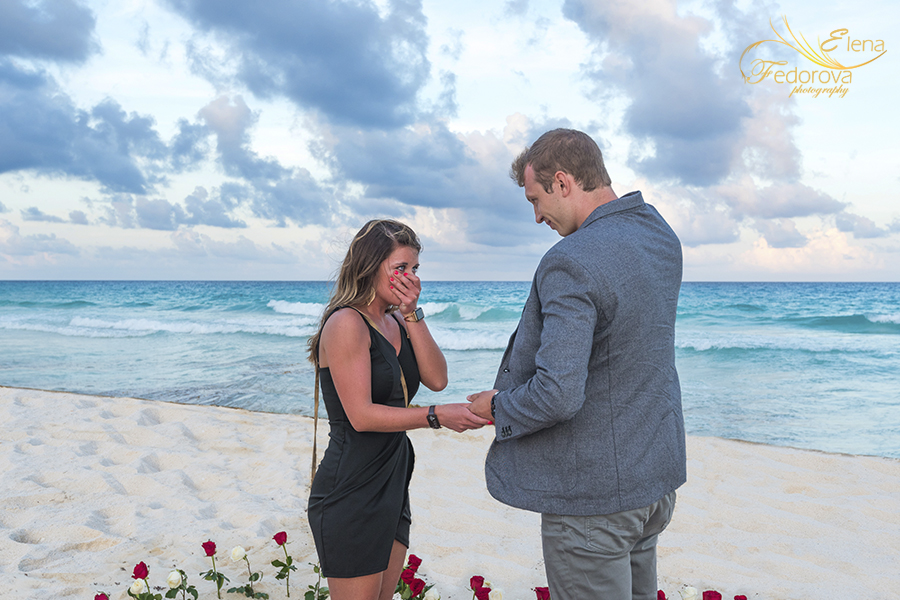 surprise marriage proposal beach