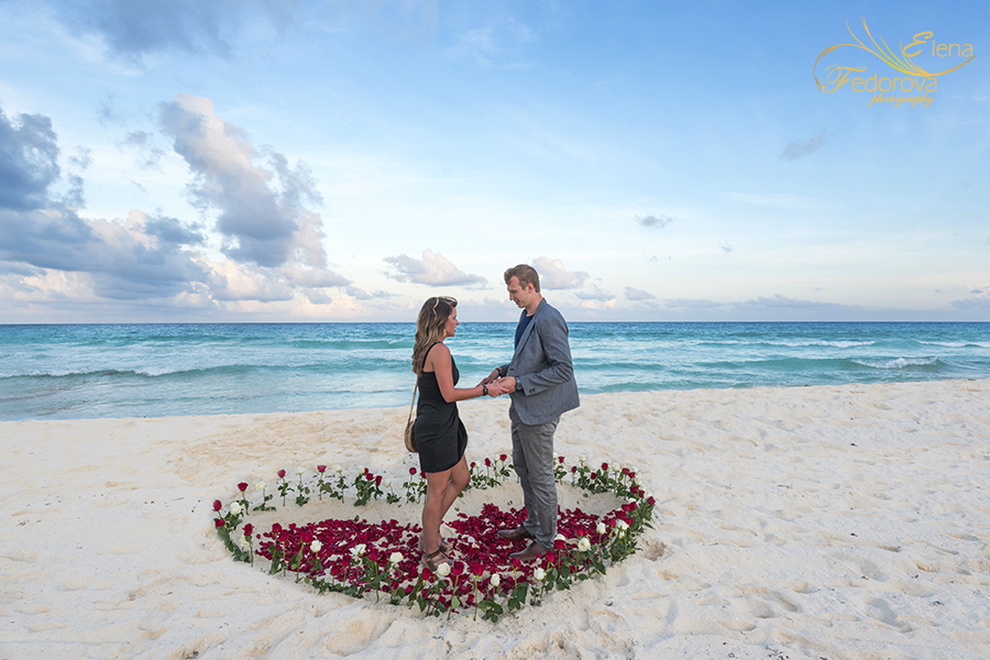 surprise marriage proposal in cancun