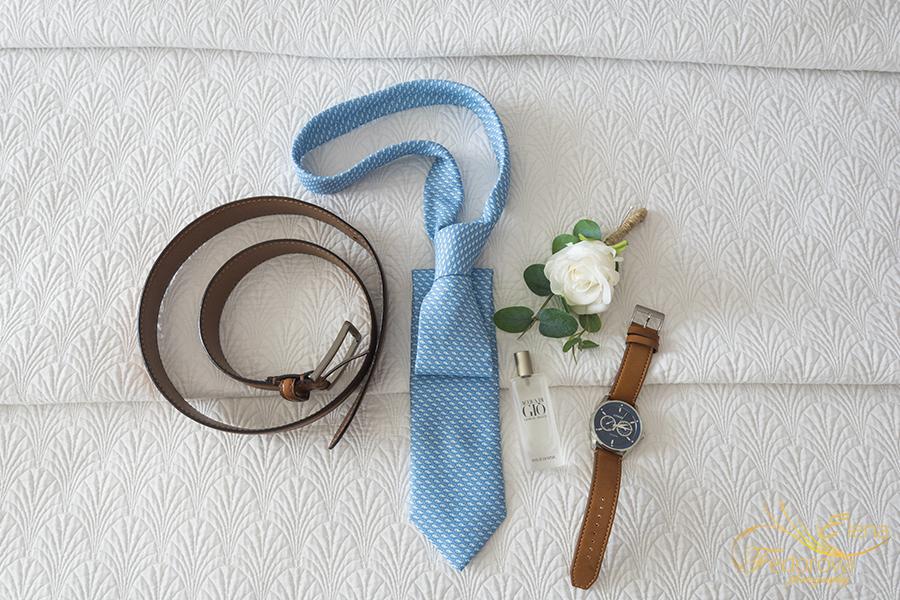 grooms details photo