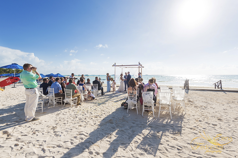 mia reef isla mujeres wedding