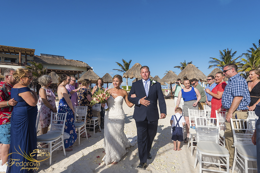 wedding at mia reef isla mujeres mexico
