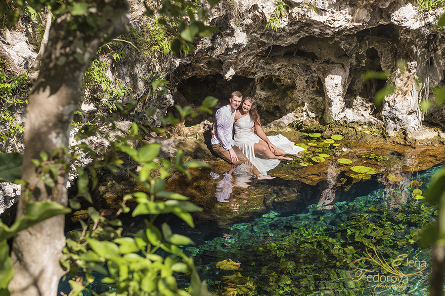 beautiful cenotes photo session