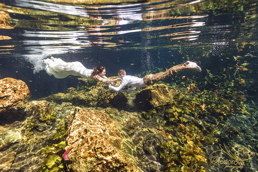 underwater photo session cenotes cancun