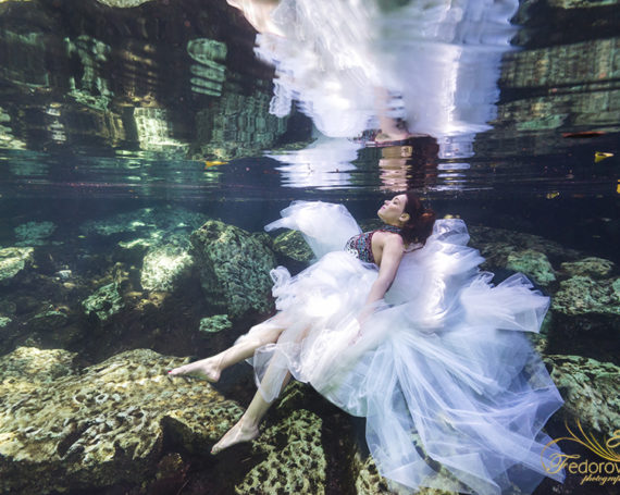 Fashion trash the dress and underwater photoshoot