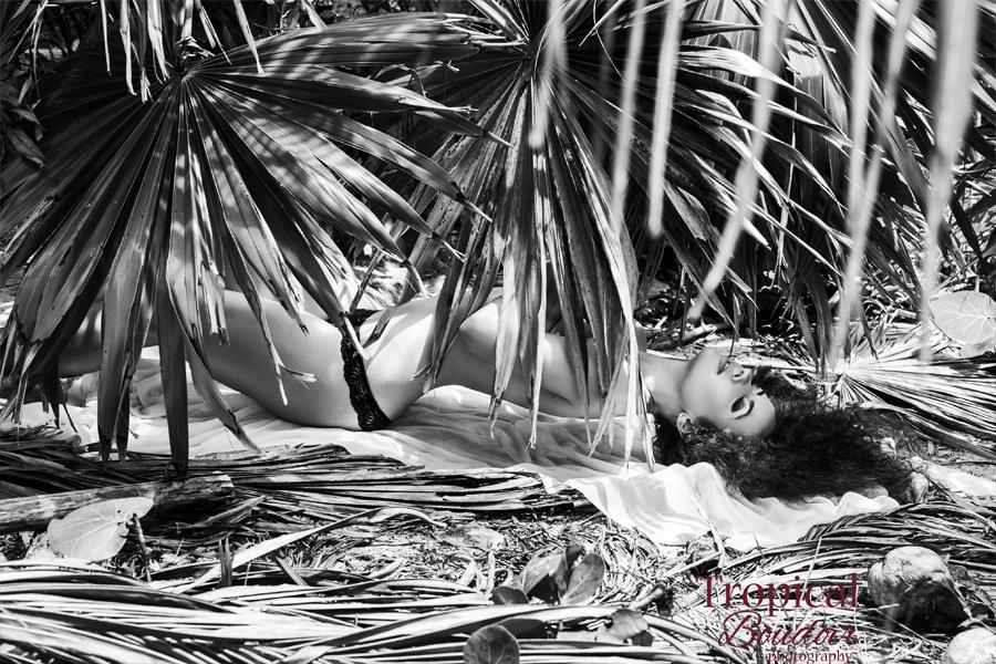 boudoir photographer in cancun