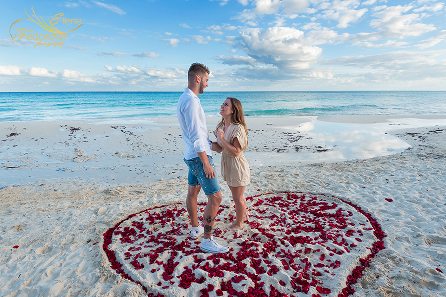 how to surprise her proposal beach