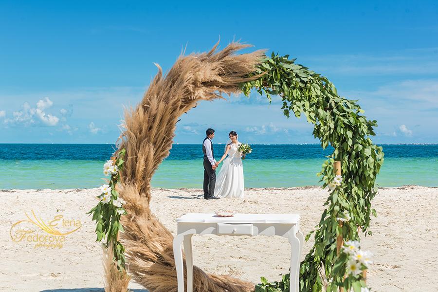 elope in cancun