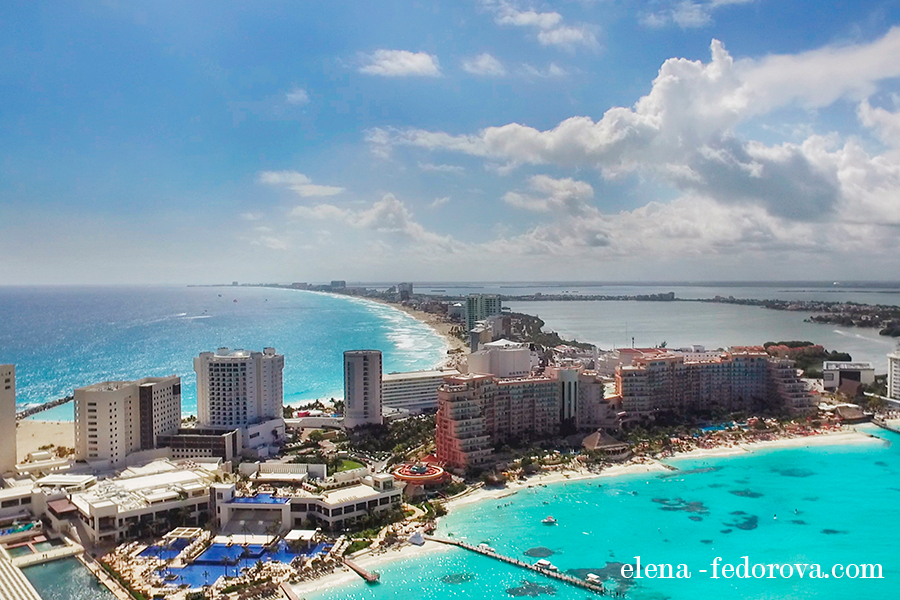 trip to cancun drone photo