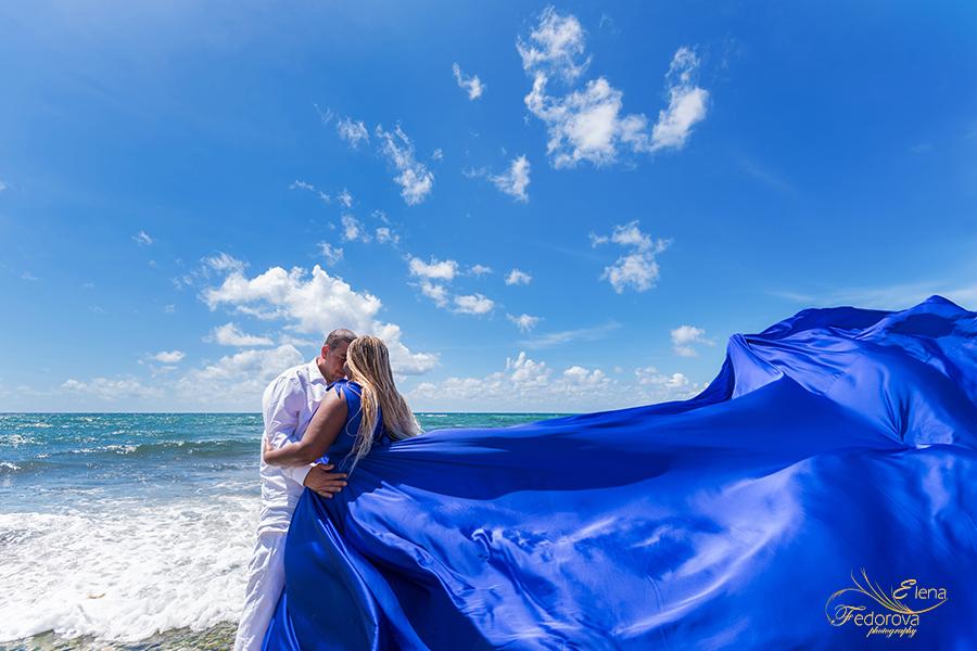 couple photoshoot in flying dress